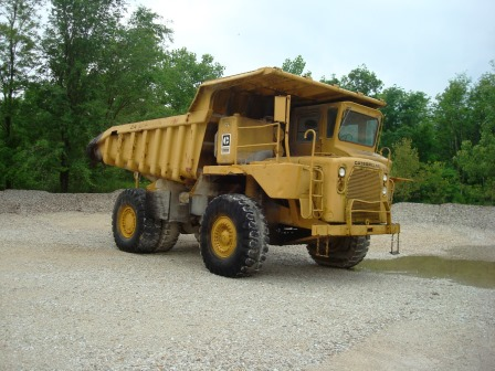CATERPILLAR 769B OFF ROAD TRUCK-0